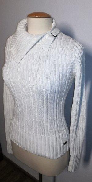 Strickpullover in weiß mit tollem Kragen