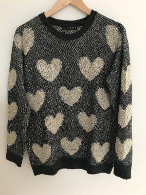 Strickpullover mit Herzen in schwarz/beige