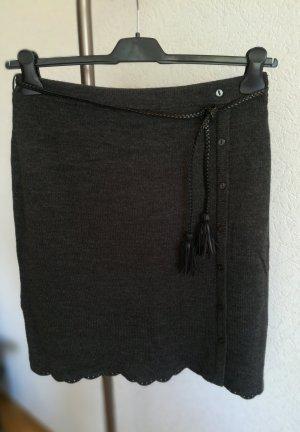 Vero Moda Gonna lavorata a maglia grigio scuro