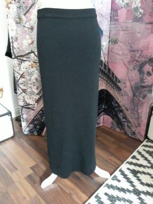 Miss H. Knitted Skirt black