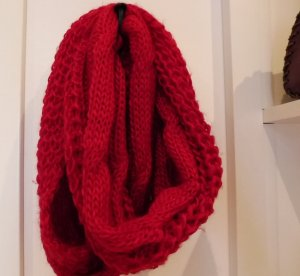 Strickschal Farbe Rot
