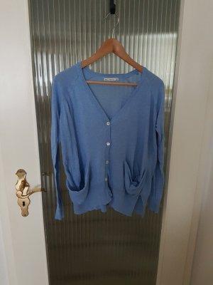 Strickweste in blau von Zara