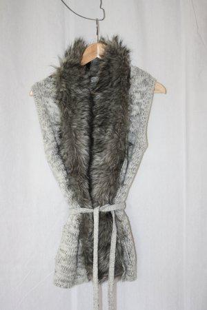 Strickweste mit abnehmbaren Fake Fur Kragen