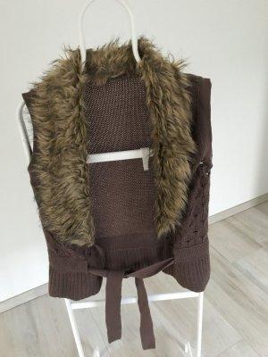 Gilet tricoté gris brun-chameau