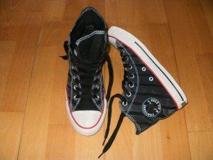 Stripes von Converse