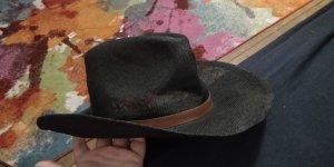 Straw Hat black-bronze-colored