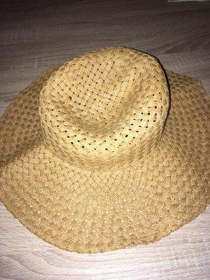 Cappello di paglia color cammello