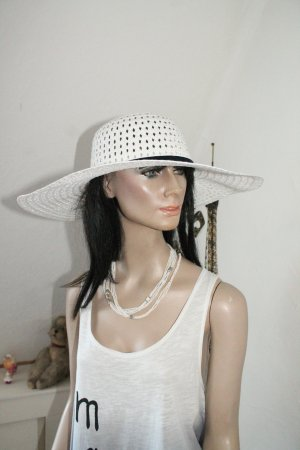 Hat white-black