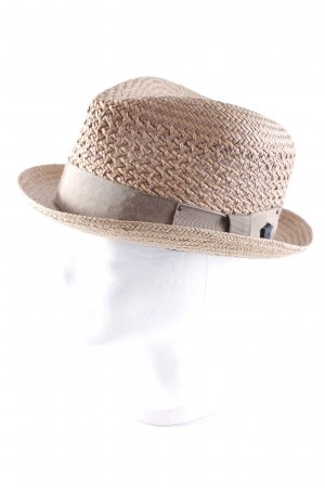 Straw Hat nude-light orange beach look