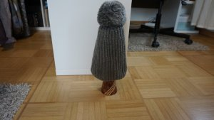 Chapeau en tricot gris coton