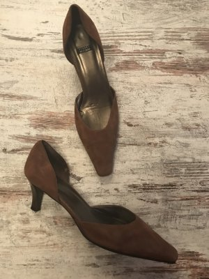 Stuart weitzman Pointed Toe Pumps brown