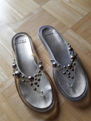 Stuart Weizmann. Schuhe. silber.