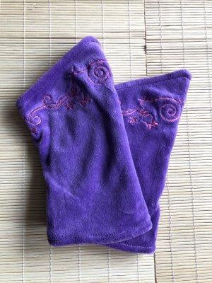 Stulpen Pulswärmer Nicki mit Stickerrei zweifarbig Lavendel/pink