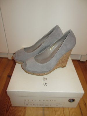 Stylesnob Platform Pumps beige-silver-colored leather