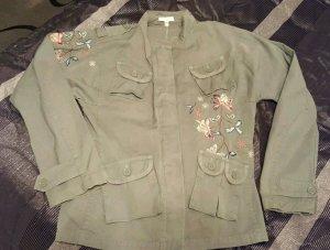 Stylisch, Jacke von Kookai, aufwendige Stickereien