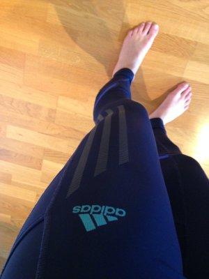 stylische Adidas Sport-Leggins