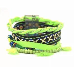 Bracelet neon green