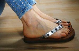 Stylische Flip Flops von Tory Burch