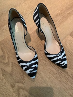 Stylische Gucci Pumps in Zebra