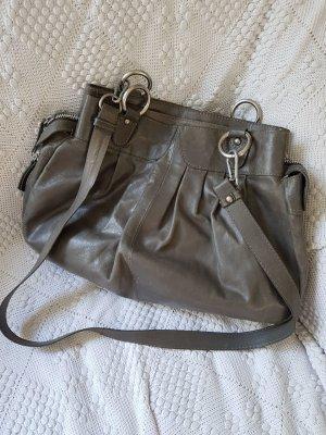 Stylische Handtasche aus Büffelleder!