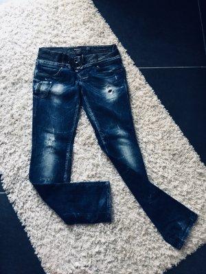 """Stylische Jeans von """"Salsa"""""""