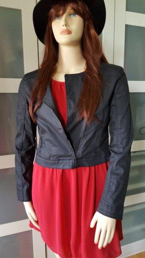 Stylische Kurz-Jeansjacke