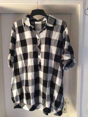 stylische long Bluse karriert in schwarz weiß von C&A