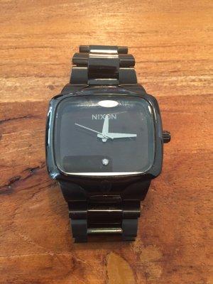 Stylische Nixon Uhr The Player! Schwarz mit Strassstein im Ziffernblatt