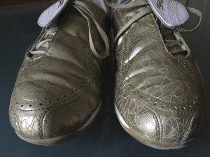 Stylische PUMA Sneaker gold weiß 42 Vintage-Look
