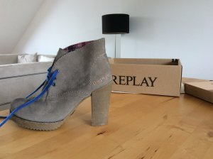 Stylische Replay Boots