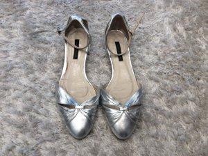 Zara Sandalias de tiras color plata-gris claro