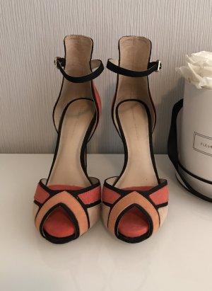 Stylische Sandalen von Zara (36) zu verkaufen