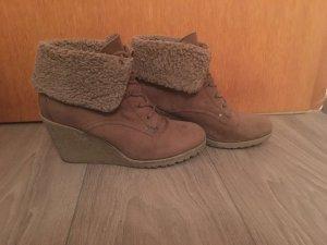 Stylische Schuhe für den Herbst