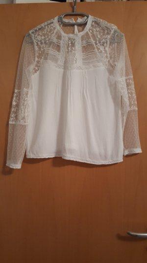 Stylische weisse Bluse von Bershka