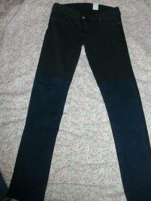 Stylische zweifarbige Hose