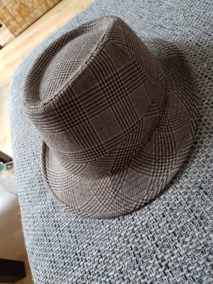 Stylischer Hut (Größe 56 cm)