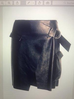 stylischer Lederrock von Lala Berlin