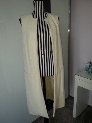 stylischer Mäntel ohne Ärmel von Zara