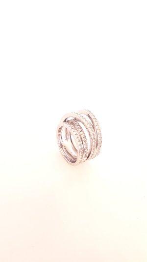 stylischer Ring