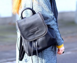 Stylischer Rucksack schwarz von Fritzi aus Preußen Neuwertig