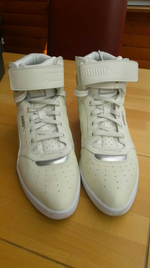 Stylischer Schuh von Puma