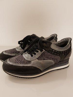 Stylischer Sneaker von Mjus Größe 40