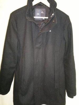 Stylischer Wintermantel in schwarz