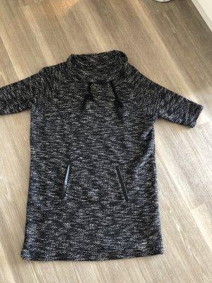 Stylisches Calvin Klein Kleid