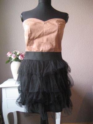 Stylisches Partykleid mit Tüllrock