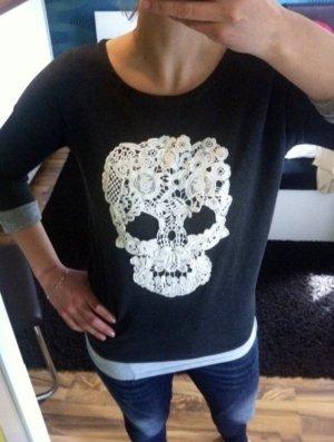 Stylisches Sweatshirt Skull Totenkopf