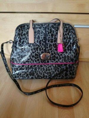stylishe Guess Bag