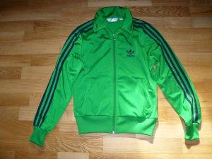 Stylishe Jacke von Adidas im sportiven Stil