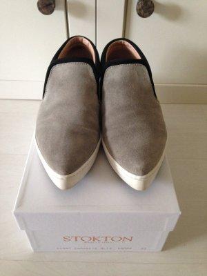 Stylishe Loafer aus Wildleder hellgrau Gr. 37