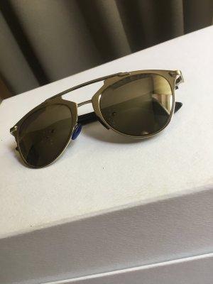 Stylishe verspiegelte Sonnenbrille